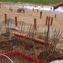 Der Aufzugsschacht, vorbereitet für den Betonguss (31.07.2012)