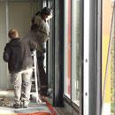 Nur noch wenige Fenster müssen eingebaut werden (21.11.2012)